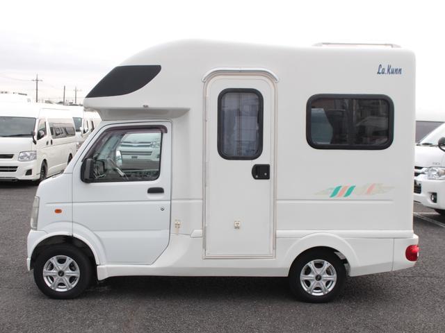 AZ-MAX ラクーン 4WD 8ナンバーキャブコン キャンピング シングルサブバッテリー 走行充電 マックスファン シンク 給水排水タンク コンロ 就寝2名(31枚目)