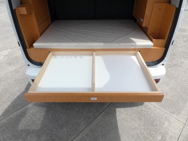 ダイハツクラフト製 楽旅 サブバッテリー 走行充電 インバーター350W カーテン ベッドキット ナビ バックカメラ ETC 切り替え4WD パワーミラー(6枚目)