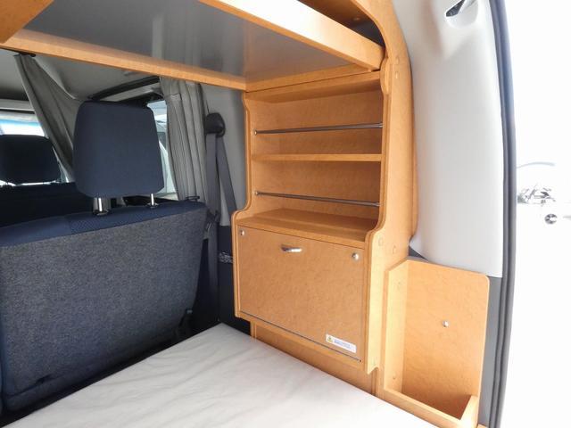ダイハツクラフト製 楽旅 サブバッテリー 走行充電 インバーター350W カーテン ベッドキット ナビ バックカメラ ETC 切り替え4WD パワーミラー(9枚目)
