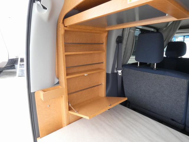ダイハツクラフト製 楽旅 サブバッテリー 走行充電 インバーター350W カーテン ベッドキット ナビ バックカメラ ETC 切り替え4WD パワーミラー(10枚目)
