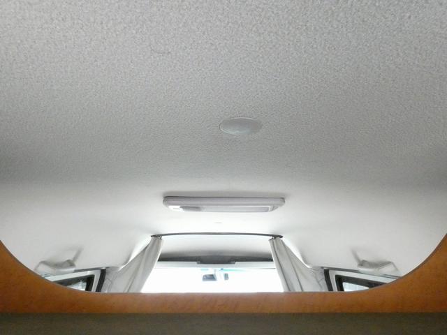 ダイハツクラフト製 楽旅 サブバッテリー 走行充電 インバーター350W カーテン ベッドキット ナビ バックカメラ ETC 切り替え4WD パワーミラー(11枚目)