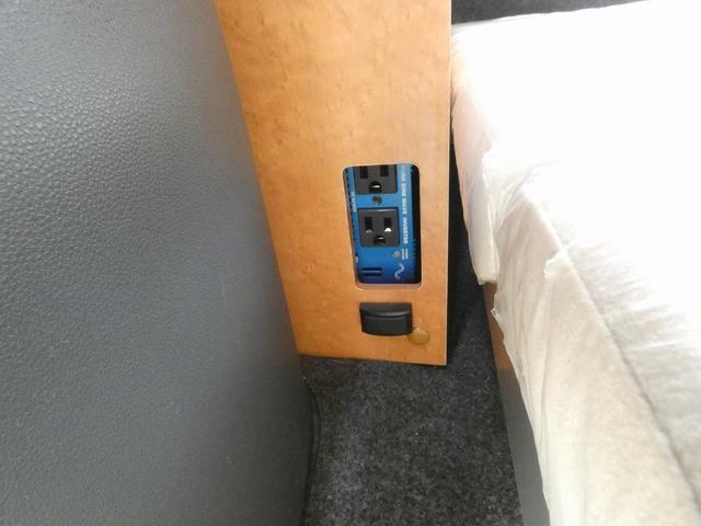ダイハツクラフト製 楽旅 サブバッテリー 走行充電 インバーター350W カーテン ベッドキット ナビ バックカメラ ETC 切り替え4WD パワーミラー(17枚目)