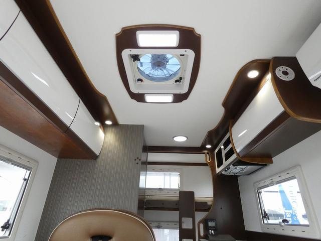 ミスティック アンセイエ 8ナンバーキャンピングカー 家庭用エアコン トリプルサブバッテリー インバーター1500W 燃料式FFヒーター サイドオーニング 社外ショック&ライドライトエアサス(6枚目)