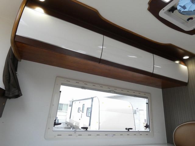 ミスティック アンセイエ 8ナンバーキャンピングカー 家庭用エアコン トリプルサブバッテリー インバーター1500W 燃料式FFヒーター サイドオーニング 社外ショック&ライドライトエアサス(7枚目)
