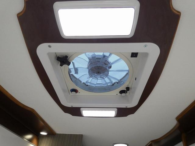 ミスティック アンセイエ 8ナンバーキャンピングカー 家庭用エアコン トリプルサブバッテリー インバーター1500W 燃料式FFヒーター サイドオーニング 社外ショック&ライドライトエアサス(14枚目)