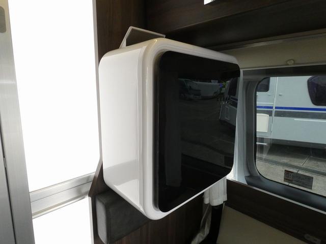 レクビィ カントリークラブ スーペリア 8ナンバキャンピングカー 4WD トリプルサブバッテリー インバーター1500W ルームエアコン シャワールーム ヒートエクスチェンジャー 温水システム 2段ベッド(18枚目)