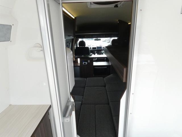 レクビィ カントリークラブ スーペリア 8ナンバキャンピングカー 4WD トリプルサブバッテリー インバーター1500W ルームエアコン シャワールーム ヒートエクスチェンジャー 温水システム 2段ベッド(21枚目)