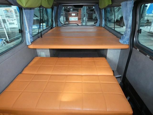 ピーズクラフト クラフトキャンパー 8ナンバーキャンピングカー サブバッテリー 走行充電 シンク FFヒーター リアクーラーヒーター 常設ベッド トランスポーター ファスプシート ナビ バックカメラ ETC ABS(5枚目)