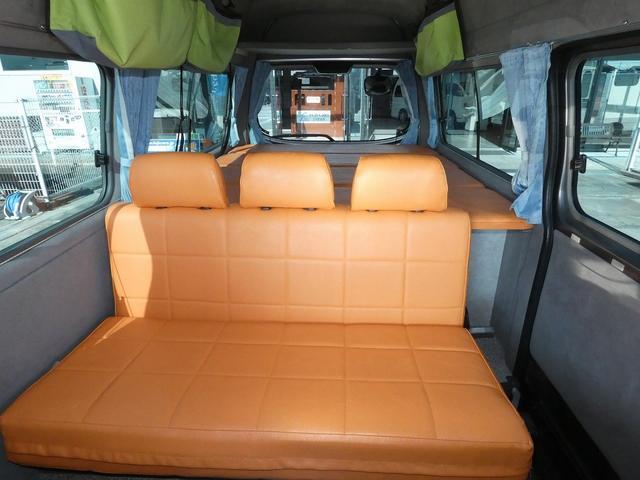 ピーズクラフト クラフトキャンパー 8ナンバーキャンピングカー サブバッテリー 走行充電 シンク FFヒーター リアクーラーヒーター 常設ベッド トランスポーター ファスプシート ナビ バックカメラ ETC ABS(8枚目)