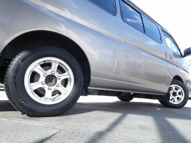 ピーズクラフト クラフトキャンパー 8ナンバーキャンピングカー サブバッテリー 走行充電 シンク FFヒーター リアクーラーヒーター 常設ベッド トランスポーター ファスプシート ナビ バックカメラ ETC ABS(42枚目)