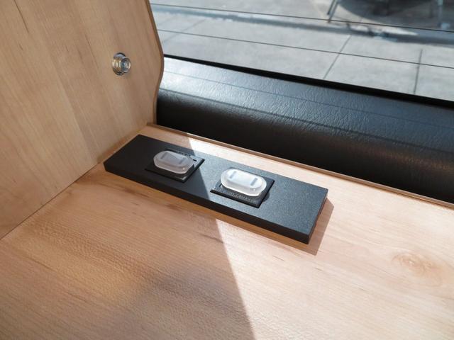 リノ匠 FOCS DS-Fスタイル 8ナンバーキャンピングカー リノベーション 新規架装 7名乗車 ファスプシート サブバッテリー 走行充電 外部充電 LED照明 冷蔵庫 床下収納(14枚目)