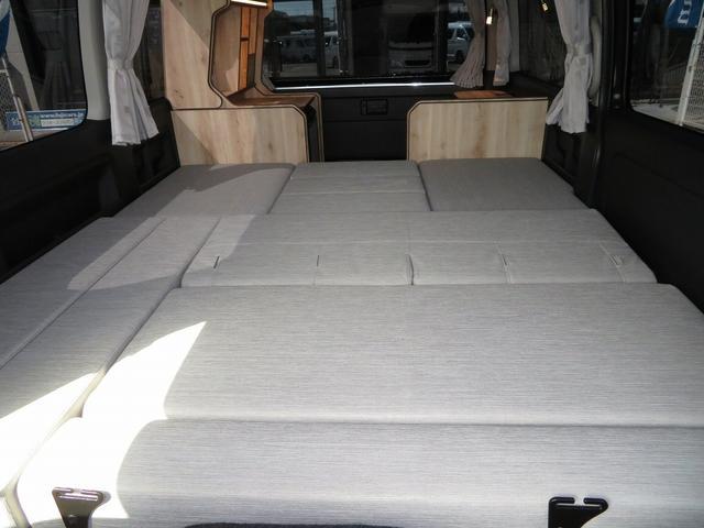 リノ匠 FOCS DS-Fスタイル 8ナンバーキャンピングカー リノベーション 新規架装 7名乗車 ファスプシート サブバッテリー 走行充電 外部充電 LED照明 冷蔵庫 床下収納(24枚目)