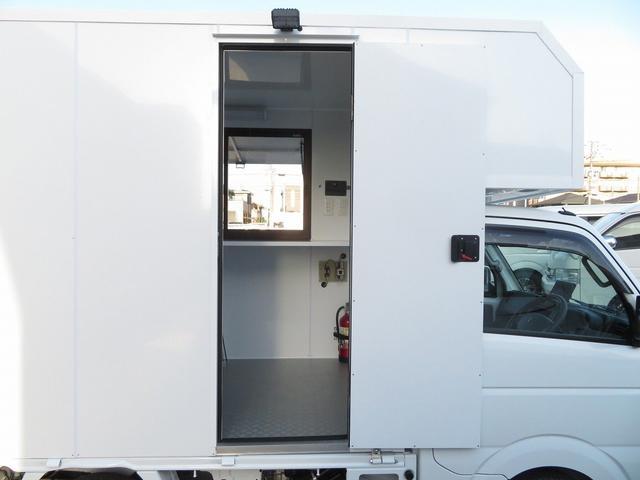 KCエアコン・パワステ 移動販売車 キッチンカー 4WD スズキセーフティサポートデュアルカメラ バックカメラ 正弦波インバーター サブバッテリー 外部充電 ステンレスシンク 給水排水タンク サッシ LEDライト 4ナンバー(22枚目)