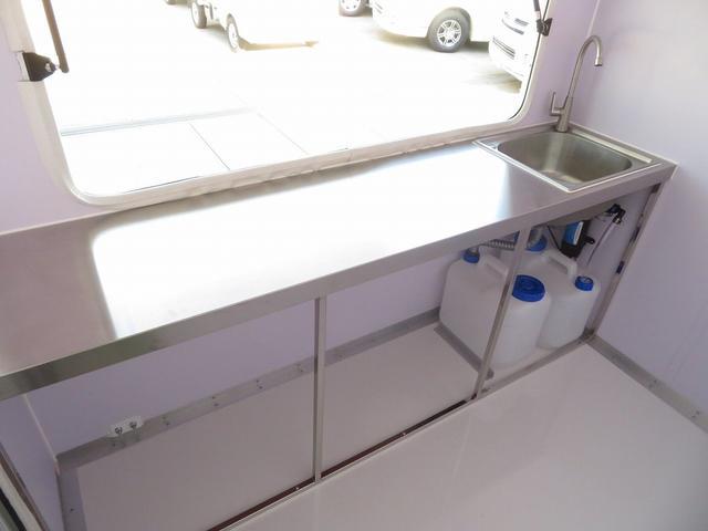 DX 移動販売車両 キッチンカー シンク 給水排水タンク 換気扇 100V外部電源 ステンレス製カウンター LED室内照明 Wエアバック ABS パワステ 4ナンバー登録(8枚目)