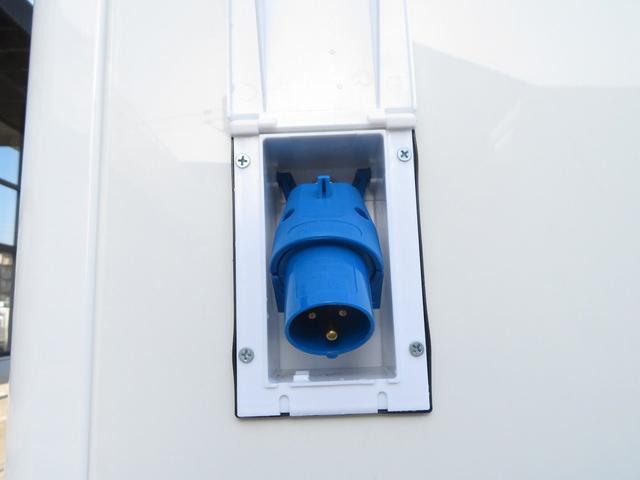 DX 移動販売車両 キッチンカー シンク 給水排水タンク 換気扇 100V外部電源 ステンレス製カウンター LED室内照明 Wエアバック ABS パワステ 4ナンバー登録(25枚目)