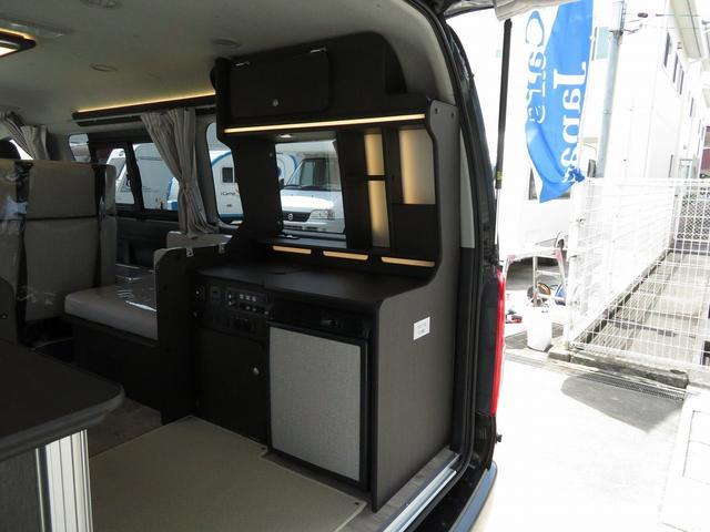 8ナンバーキャンピングカー 宮大工工法 高断熱 サブバッテリー 走行充電 外部充電 シンク 冷蔵庫 ファスプシート(12枚目)
