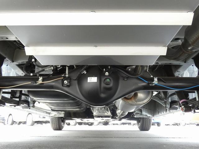 8ナンバーキャンピングカー 宮大工工法 高断熱 サブバッテリー 走行充電 外部充電 シンク 冷蔵庫 カセットコンロ LED照明 リアスピーカー フリップダウンモニター(46枚目)