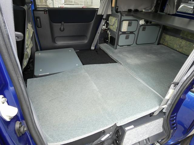 ホワイトハウス製マイボックス 5ナンバーキャンピング仕様 ターボ 4WD サブバッテリー 走行充電 外部充電 ソーラーパネル シンク 収納棚 ベッドマット テーブル(2枚目)