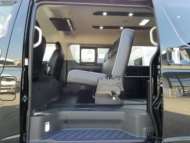フレックス製 アレンジCT 3ナンバー車中泊仕様 10名乗車 社外ハンドル 社外テールライト ローダウン LEDヘッドライト スマートキー フルフラットサイズ長さ2600mm幅1400mm(2枚目)