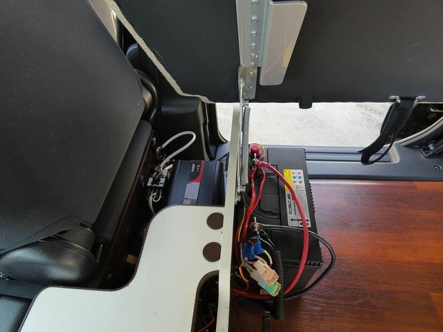 アネックス リコルソSS 4ナンバーキャンピング仕様 車中泊 サブバッテリー 走行充電 インバーター フリップダウンモニター 外部電源 ナビ ETC インテリジェントキー(14枚目)