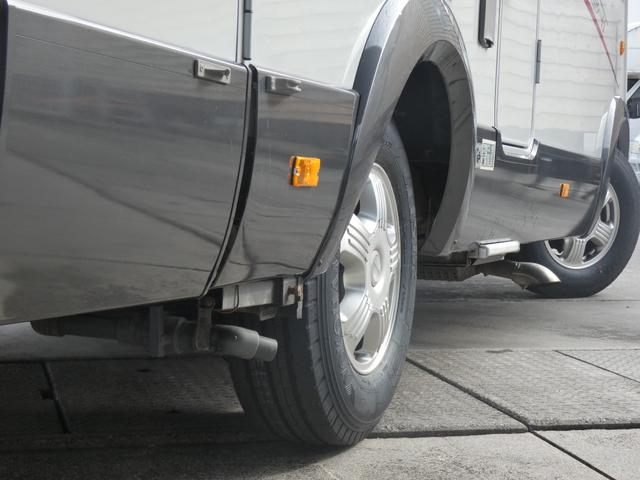 フォード トランジット ハイマーエクシス512 ツインサブバッテリー 1500Wインバーター 冷蔵庫 シンク 電子レンジ 温水ボイラー シャワー トイレ FFヒーター ソーラーパネル(46枚目)