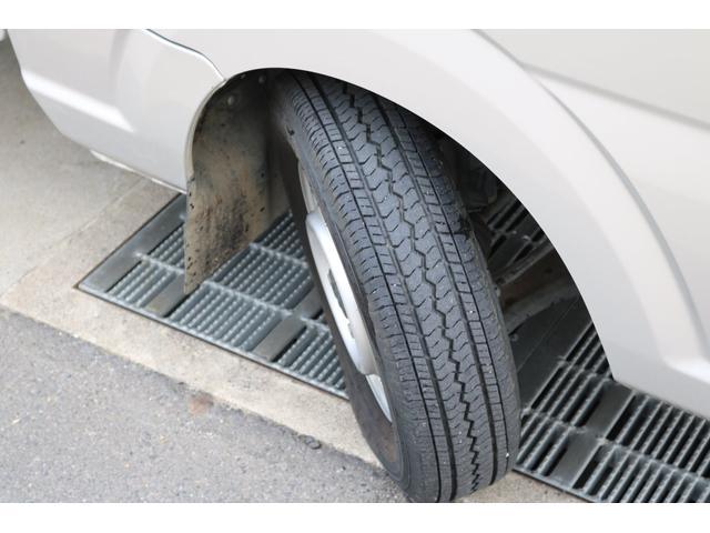 KCエアコン・パワステ 4WD オートマ ワンオーナー下取車 荷台作業灯 ドライブレコーダー LEDヘッドライト 荷台マット(10枚目)