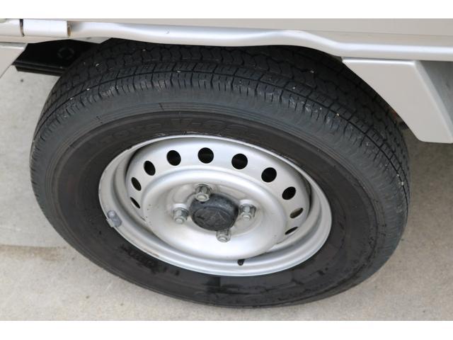KCエアコン・パワステ 4WD オートマ ワンオーナー下取車 荷台作業灯 ドライブレコーダー LEDヘッドライト 荷台マット(11枚目)