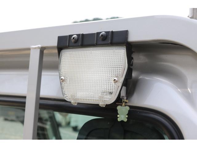 KCエアコン・パワステ 4WD オートマ ワンオーナー下取車 荷台作業灯 ドライブレコーダー LEDヘッドライト 荷台マット(12枚目)