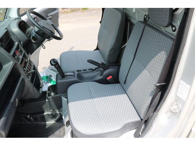 KCエアコン・パワステ 4WD オートマ ワンオーナー下取車 荷台作業灯 ドライブレコーダー LEDヘッドライト 荷台マット(18枚目)