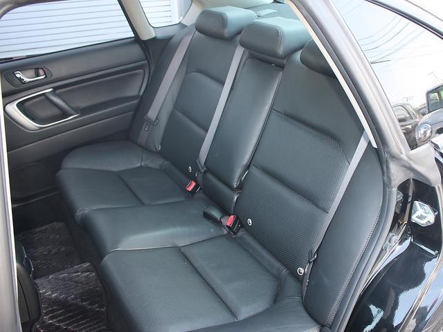 スバル レガシィB4 2.0GT Tベルト交換 5速マニュアル 黒皮