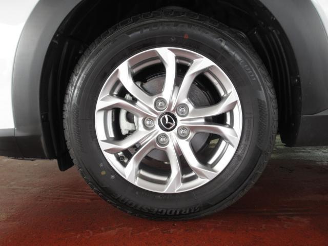 タイヤサイズ 215/60R16 純正あるもホイールです。