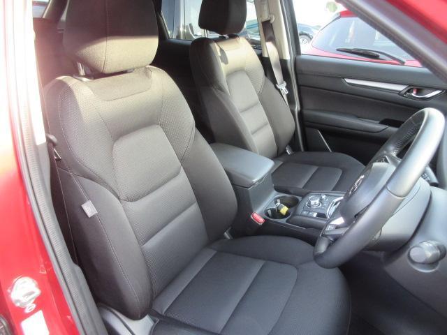 XD プロアクティブ 衝突被害軽減システム 全周囲カメラ オートマチックハイビーム 4WD バックカメラ オートクルーズコントロール オートライト LEDヘッドランプ ETC Bluetooth ワンオーナー(4枚目)