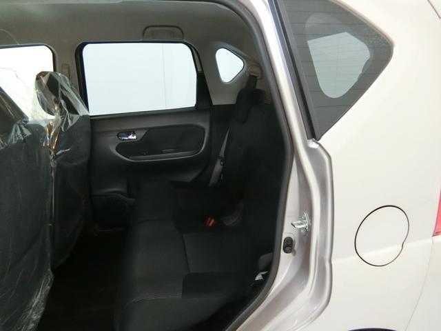 XリミテッドII SAIII 衝突被害軽減ブレーキ 横滑り防止装置 オートマチックハイビーム アイドリングストップ ステアリングスイッチ ベンチシート シートヒーター キーフリーシステム オートエアコン 純正アルミホイール(14枚目)