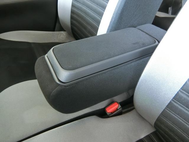 アクティバX SAII 衝突被害軽減ブレーキ 横滑り防止装置 アイドリングストップ ナビ バイザー マット ドライブレコーダー ステアリングスイッチ オートライト 純正ホイールキャップ パワーウィンドウ ベンチシート(27枚目)
