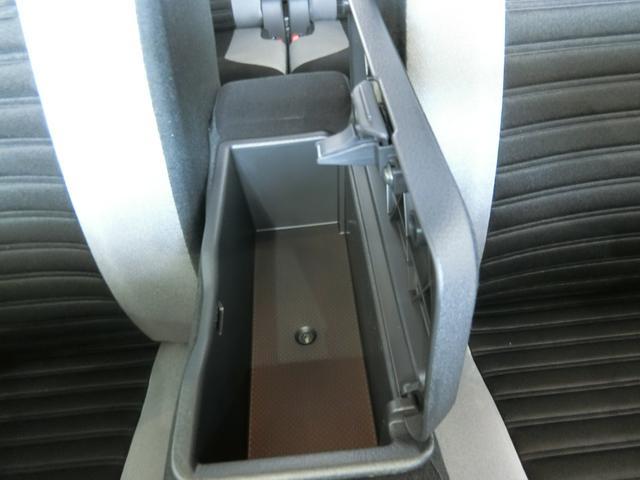 アクティバX SAII 衝突被害軽減ブレーキ 横滑り防止装置 アイドリングストップ ナビ バイザー マット ドライブレコーダー ステアリングスイッチ オートライト 純正ホイールキャップ パワーウィンドウ ベンチシート(28枚目)