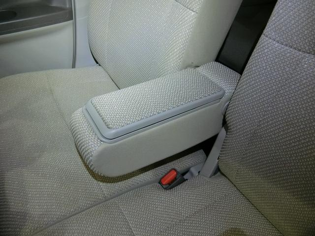 X SA 衝突被害軽減ブレーキ 横滑り防止装置 アイドリングストップ 左側電動スライドドア ステアリングスイッチ オートライト ナビ バックカメラ バイザー マット 純正ホイールキャップ キーフリーシステム(30枚目)