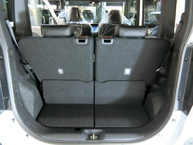 カスタムX 衝突被害軽減ブレーキ 横滑り防止装置 オートマチックハイビーム アイドリングストップ 両側電動スライドドア キーフリーシステム オートエアコン オートライト ベンチシート 純正アルミホイール LED(12枚目)