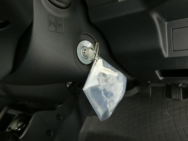 スタンダードSAIIIt 衝突被害軽減ブレーキ 横滑り防止装置 パートタイム4WD 5速MT車 バイザー マット 純正オーディオ 吸殻入れ エアコン エアバック 手動式ウィンドウ ライトマニュアルレベリング LEDヘッドランプ(8枚目)