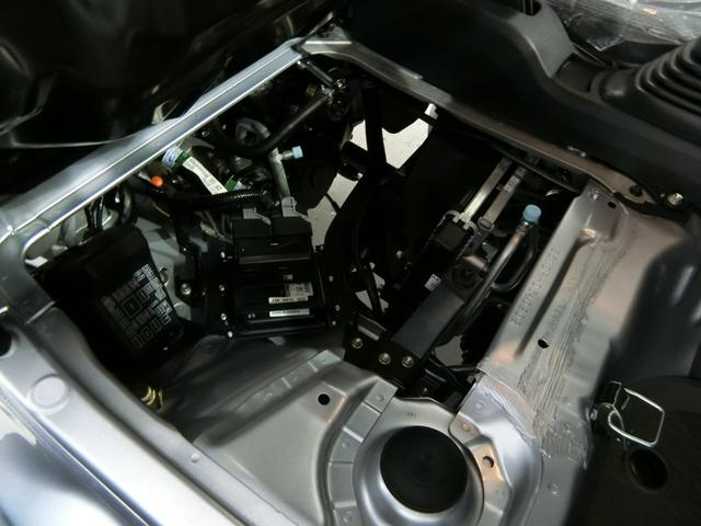 スタンダードSAIIIt 衝突被害軽減ブレーキ 横滑り防止装置 パートタイム4WD 5速MT車 バイザー マット 純正オーディオ 吸殻入れ エアコン エアバック 手動式ウィンドウ ライトマニュアルレベリング LEDヘッドランプ(12枚目)