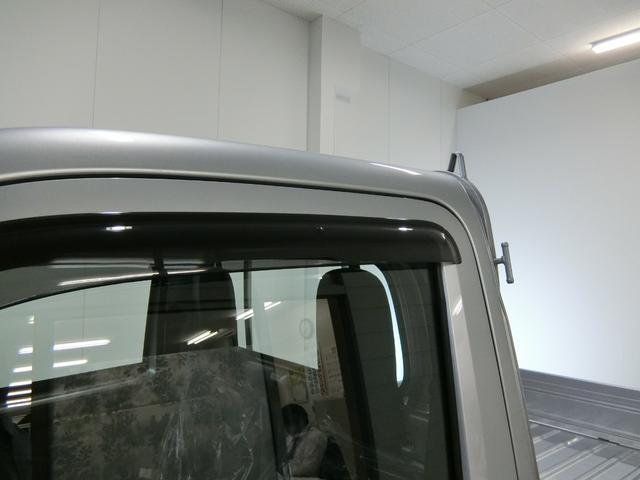 スタンダードSAIIIt 衝突被害軽減ブレーキ 横滑り防止装置 パートタイム4WD 5速MT車 バイザー マット 純正オーディオ 吸殻入れ エアコン エアバック 手動式ウィンドウ ライトマニュアルレベリング LEDヘッドランプ(14枚目)