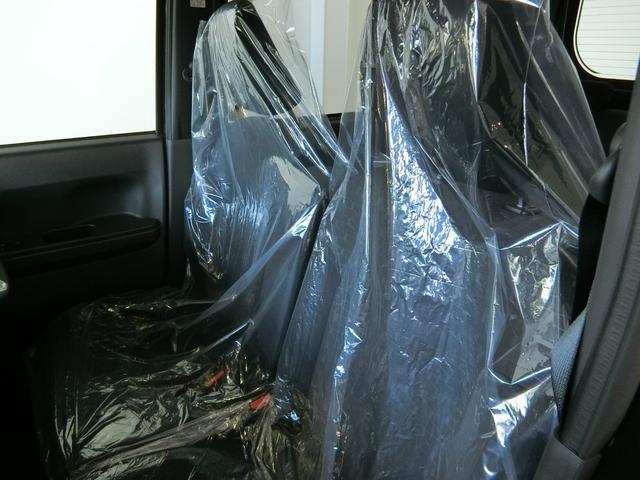GターボリミテッドSAIII 衝突被害軽減ブレーキ 横滑り防止装置 オートマチックハイビーム アイドリングストップ 両側電動スライドドア ステアリングスイッチ 革巻きハンドル オートライト キーフリーシステム オートエアコン(12枚目)