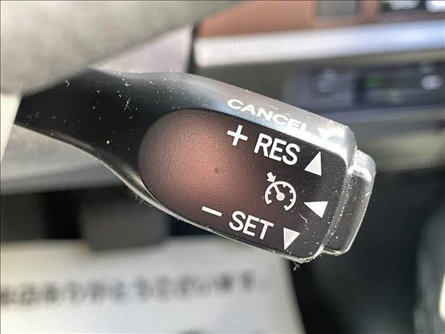 クルーズコントロールを装備☆ 長距離ドライブの疲労軽減に活躍してくれます♪