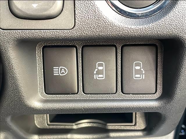 スーパーGL ダークプライムII 両側電動スライド デジタルインナーミラー 衝突軽減 車線逸脱 オートハイビーム 衝突軽減 AC100V LED 専用ハーフレザーシート 専用ウッドコンビステアリング スマートキー プッシュスタート(9枚目)