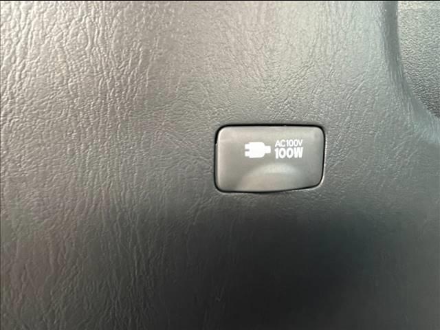 スーパーGL ダークプライムII 両側電動スライド デジタルインナーミラー 衝突軽減 車線逸脱 オートハイビーム 衝突軽減 AC100V LED 専用ハーフレザーシート 専用ウッドコンビステアリング スマートキー プッシュスタート(10枚目)