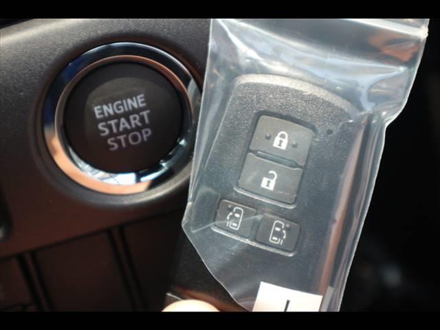 Si ダブルバイビーIII 新車未登録 両側電動ドア クリアランスソナー セーフティセンス 純正アルミ スマートキー ハーフレザー クルーズコントロール LEDヘッドライト プッシュスタート USBポート(9枚目)
