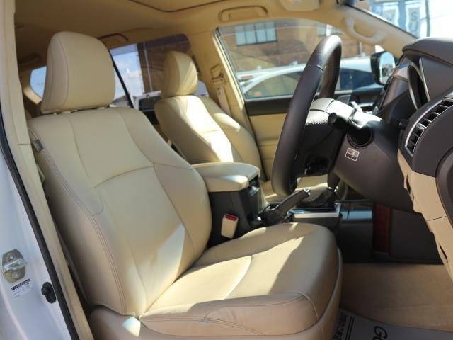 トヨタ ランドクルーザープラド TX Lパッケージ 純正SDナビ ベージュ革 LED 4WD