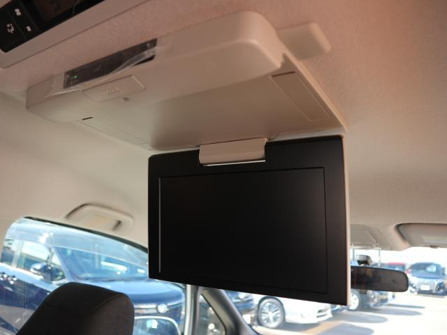 トヨタ ヴォクシー ハイブリッドV 9型SDナビTV 両側電動ドア 後席モニター