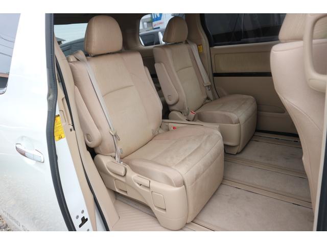 MEGA大垣店!国産SUV・ミニバン・届出済み未使用車の軽自動車・含め、常時200台以上の展示車両!豊富な在庫ラインナップの中からお選びいただけます。