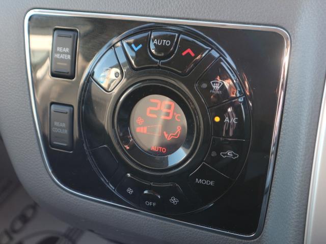 ロングプレミアムGXターボ 社外7型ナビ アラウンドビューモニター 衝突軽減ブレーキ LEDヘッド 4WD オートエアコン ディーゼルターボ インテリキー プッシュスタート ETC リヤヒーター&クーラー シートカバー(9枚目)