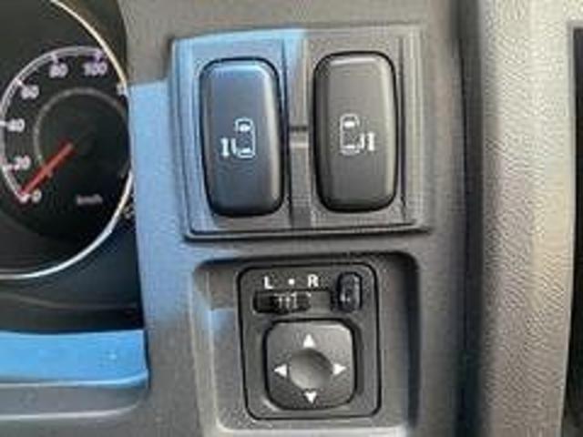 D パワーパッケージ 1オーナー FUERアルミ HDDナビ地デジ 両側電動スライドドア 8人 ディーゼルTB クルーズコントロール パートタイム4WD シートヒーター バックカメラ(12枚目)